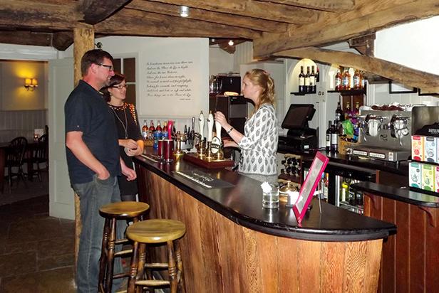 Inn at Cranborne bar