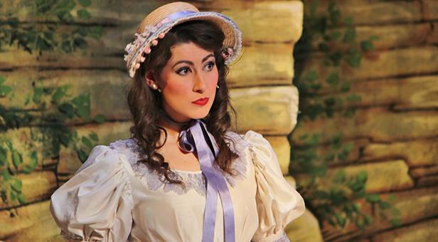 Roseanna Bowen as Mabel